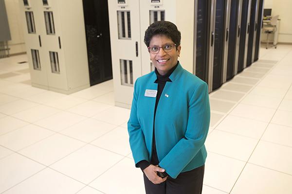 Madhavi Marasinghe in datacenter
